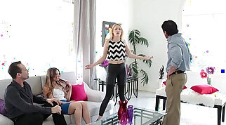 Grateful daddy drills pussies of teen beauties before missionary style