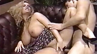 Asshole pornstar Trinity Loren is pussylicked before fuck